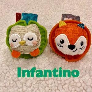NWOT Fox & owl wrist / ankle rattled Infantino